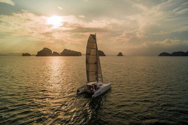 Java – Stealth 11.8m Catamaran